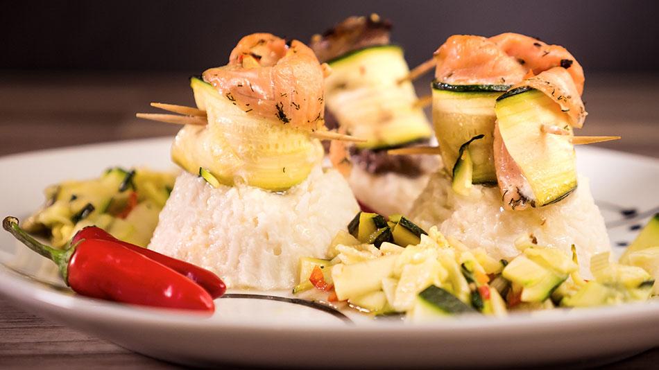 Bestform Bundle für Männer (Bild: Proteinreiches Gericht aus unserem Buch: Kochen und Backen mit Eiweißpulver)